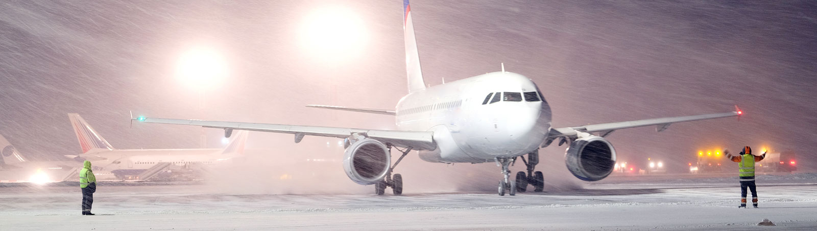 Aviation De-icing Equipment and Clothing