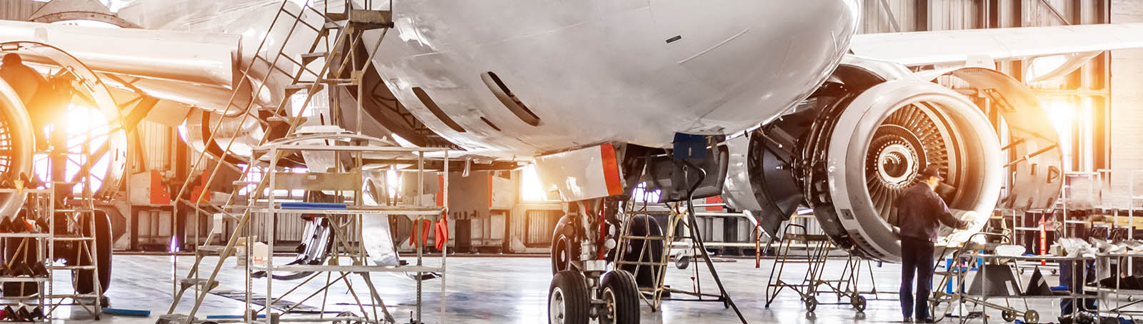 Aviation engineering workwear and safety clothing
